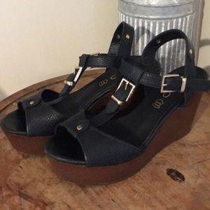 Aldo Brown and Black Platform wedged Sandals